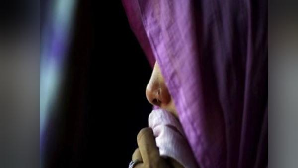 यूपी के महोबा में 65 साल की महिला से गैंगरेप, प्राइवेट पार्ट में डाला लाल मिर्च पाउडर