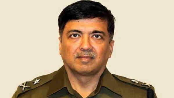 ये भी पढ़ें:- IPS ऑफिसर मुकुल गोयल बने यूपी के नए DGP, मुजफ्फरनगर दंगे कंट्रोल करने में निभाई थी अहम जिम्मेदारी