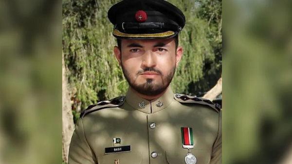 पाकिस्तान: खैबर पख्तूनख्वा में सेना पर आतंकी हमला, कैप्टन समेत 11 जवानों की मौत