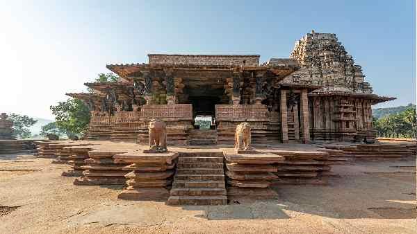 इसे भी पढ़ें- UNESCO के विश्व धरोहर में शामिल हुआ रुद्रेश्वर रामप्पा मंदिर, 900 साल पुराने शिव मंदिर की विशेषता जानिए