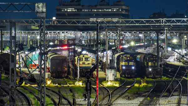 Indian Railways: 11 जुलाई से इन सभी स्पेशल ट्रेनों की बदल जाएगी टाइमिंग, पूरी लिस्ट यहां देखिए