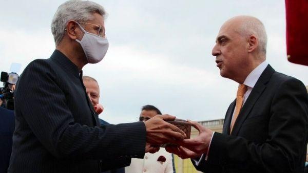 जॉर्जिया से भावनात्मक बंधन में बंधा भारत, विदेश मंत्री एस. जयशंकर ने दिया 'अनमोल' तोहफा