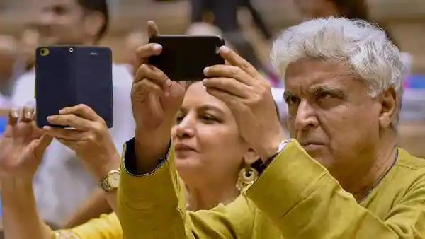 जावेद अख्तर ने की बराक ओबामा और शाहजहां की तुलना, किए जा रहे ट्रोल