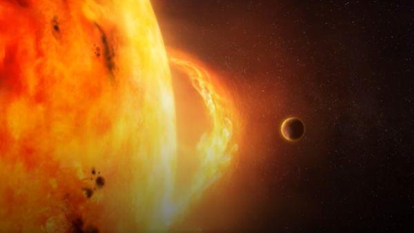 Solar Storm: सौर तूफान कर सकता है आपके मोबाइल पर अटैक, विशेषज्ञ ने कहा-रहें सावधान