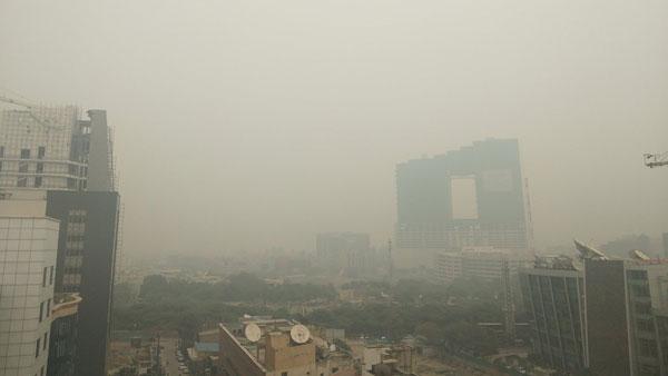 वायु प्रदूषण से बढ़ रहा लोगों में मानसिक बीमारी डिमेंशिया का खतरा,शोध में हुआ खुलासा