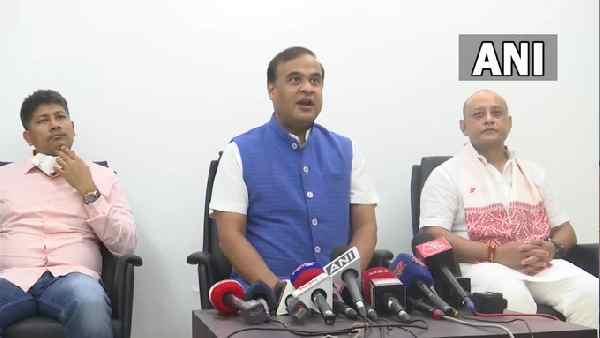 ये भी पढ़ें: Assam Mizoram dispute: हिमंत बिस्व सरमा ने टकराव के मसले पर दिया बड़ा बयान, जानिए क्या कहा