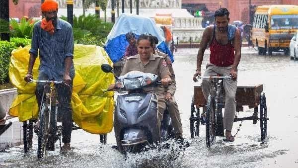 ये भी पढ़ें- Weather Updates : मुंबई समेत देश के कई हिस्सों में भारी बारिश की आशंका, IMD ने जारी किया Alert