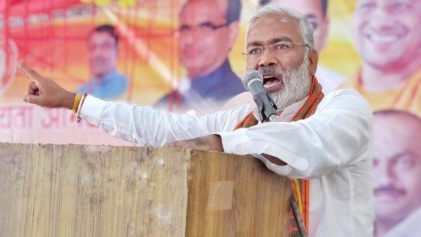 यह भी पढें- UP में साइलेंट वोटरों को साधने का BJP का प्लान, महिला मोर्चा हर विधानसभा में बनाएगी 'कमल सहेली क्लब'