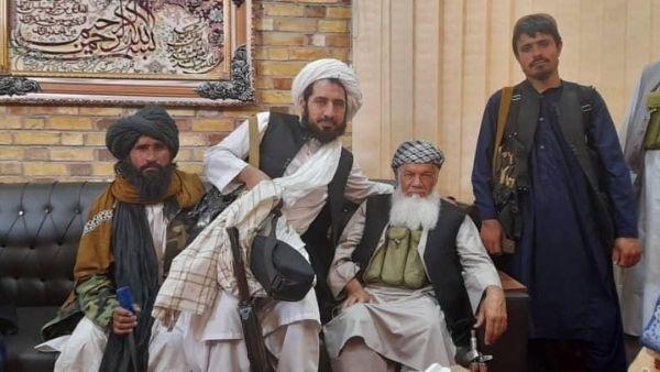 जानिए कैसे अफगानिस्तान पर हुआ तालिबान का कब्जा, क्यों अमेरिका ने बना डाला इसे आतंकी देश