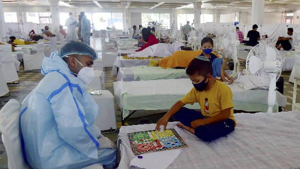 यह पढ़ें:Delhi Updates: बीते 24 घंटों में दिल्ली में कोरोना से एक भी मौत नहीं, सामने आए 51 नए केस