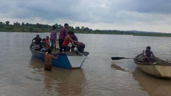 महाराष्ट्र में बड़ा हादसा, वर्धा नदी में नाव पलटने से 11 लोग डूबे, तीन के शव बरामद