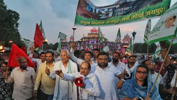 यह पढ़ें: Bharat Bandh: कांग्रेस, AAP समेत इन राजनीतिक पार्टियों ने किया किसानों के भारत बंद का समर्थन