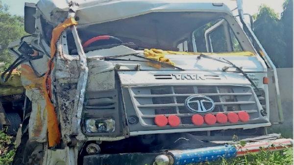 यह भी पढ़िए: बेकाबू बस हाईवे पर ट्रक से टकराकर पलटी, ड्राइवर कूदकर भाग निकला, 11 सवारी जख्मी, इनमें 2 युवतियां गंभीर
