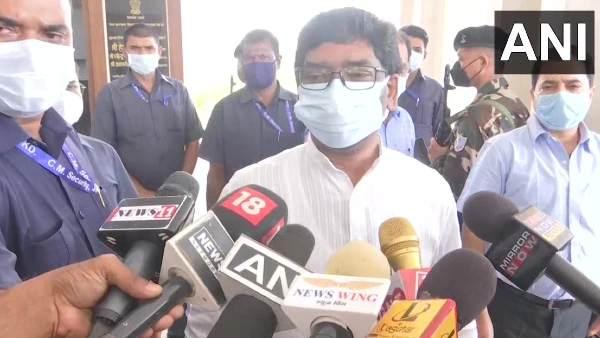 नमाज रूम आवंटन: CM हेमंत सोरेन का बीजेपी पर हमला, कहा- ऐसी मानसिकता राज्य के विकास में बाधक