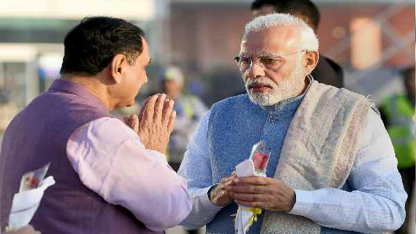 गुजरात: सीएम विजय रुपाणी की छुट्टी का असली कारण जानिए, बीजेपी इन राज्यों में भी कर सकती है बदलाव