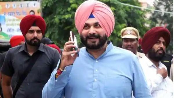नवजोत सिंह सिद्धू ने पंजाब कांग्रेस अध्यक्ष पद से दिया इस्तीफा, बोले- करता रहूंगा पार्टी की सेवा