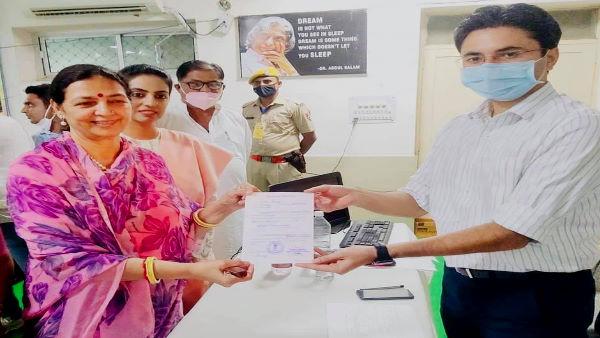 लीला मदेरणा बनीं जोधपुर जिला प्रमुख, एनवक्त पर बगावत करने वालों को मनाकर पाए 21 वोट