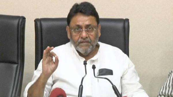 जो लोग सेंटर तक नहीं जा सकते, उन्हें घर जाकर दी जाएगी वैक्सीन: महाराष्ट्र के मंत्री नवाब मलिक