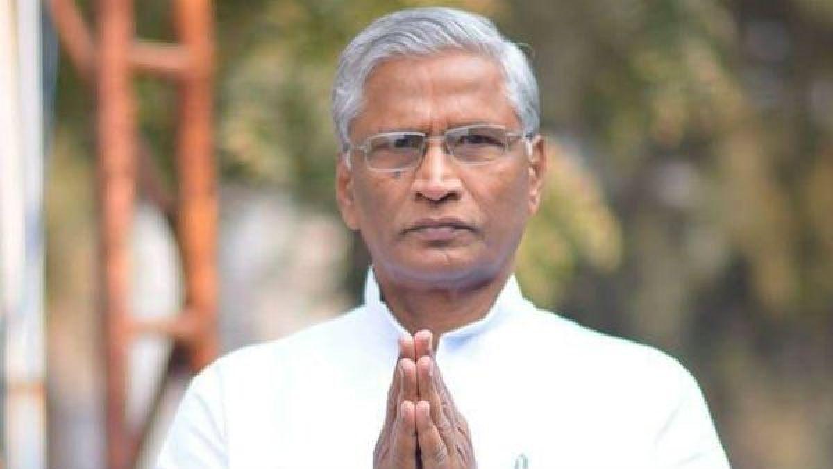 यह पढ़ें: कर्नाटक: कांग्रेस छोड़ भाजपा में शामिल हुए श्रीमंत पाटिल का दावा, मुझसे पूछा गया था, कितना पैसा चाहिए