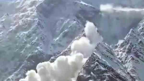 यह पढ़ें:हिमाचल: खमींगर ग्लेशियर में फंसे कई ट्रेकर्स, बर्फबारी और ठंड के चलते दो की मौत