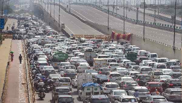 ये भी पढ़ें: दुनिया में ड्राइविंग के लिए मुश्किल शहरों में चौथे नंबर पर दिल्ली, भारत का यह शहर पहले स्थान पर