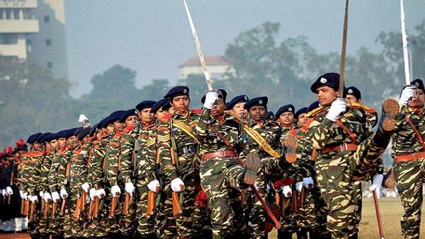 ये भी पढ़ें: केंद्र और आर्मी के तीनों चीफ का बड़ा फैसला, अब महिलाओं की भी NDA से सेना में होगी भर्ती