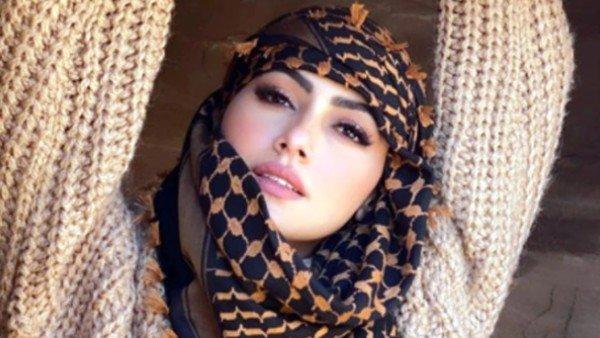 प्यार में धोखा मिलने के बाद सना खान ने की थी आत्महत्या की कोशिश