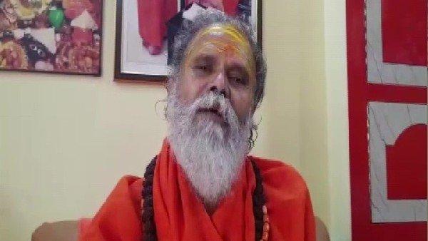 ये भी पढ़ें:- पोस्टमार्टम के बाद आज होगा महंत नरेंद्र गिरी का अंतिम संस्कार, CM योगी भी करेंगे अंतिम दर्शन