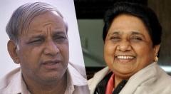 स्वयंभू मायावती के भाई-भतीजावाद ने एक दलित पार्टी का बंटाधार कर दिया!
