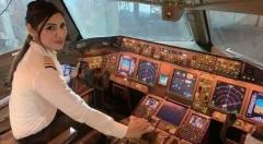 कौन हैं कैप्टन जोया अग्रवाल ? Air India की पहली पायलट जिन्होंने North Pole के ऊपर से भरी सबसे लंबी उड़ान