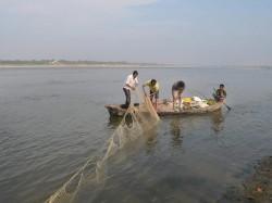 यूपी से लेकर बंगाल तक गंगा का पानी ना पीने...