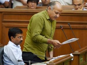 Delhi budget 2018: केजरीवाल सरकार ने पेश किया चौथा बजट, जानिए खास बातें