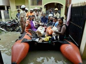 बेंगलुरु बाढ़- हम खुद भी हैं जिम्मेदार इस बर्बादी के लिये