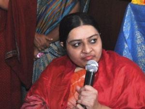 जयललिता के पोएस गार्डन घर पर हमारा अधिकार: दीपा जयकुमार