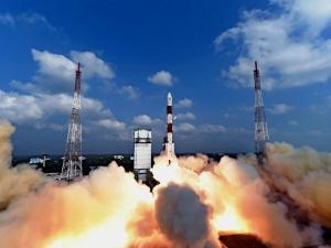 सबसे बड़े रॉकेट की लॉन्चिंग में जुटा इसरो, भारतीयों को भी ले जा सकेगा अंतरिक्ष में