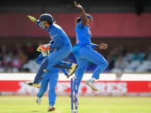 WWC INDvAUS: विश्व चैंपियन ऑस्ट्रेलिया को हराकर भारतीय टीम ने फाइनल में जगह की पक्की