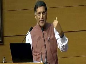 वित्त मंत्रालय ने भारत के मुख्य आर्थिक सलाहकार अरविंद सुब्रमण्यन का कार्यकाल बढ़ाया