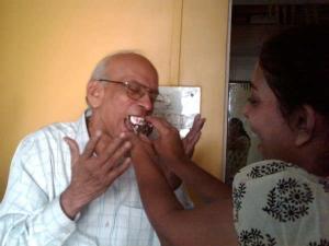 जाने-माने पत्रकार अरुण साधु का मुंबई में निधन
