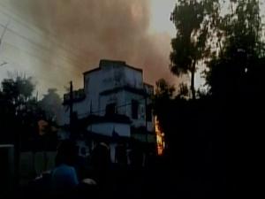 झारखंड में पटाखा फैक्ट्री में आग लगने से 8 की मौत, 25 घायल