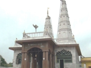 Navratri में महिलाओं और लड़कियों को सख्त मना है इस मंदिर में आना