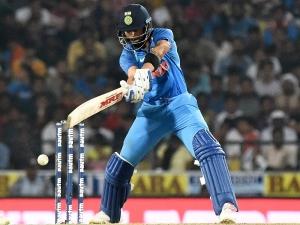 भारत बनाम न्यूजीलैंड पहला ODI LIVE: भारत ने न्यूजीलैंड को जीत के लिए दिया 281 रनों का लक्ष्य