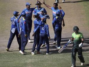 पाकिस्तान के साथ खेलने से किया इनकार, श्रीलंका ने खिलाड़ियों को दी ये सजा