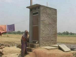 शौचालय को 'इज्जत घर' बनाने की तैयारी, केंद्र ने लिखा राज्यों को पत्र