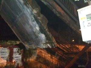 एलफिंस्टन ब्रिज के बाद अब मुंबई के चर्नी रोड ब्रिज पर हादसा, 2 घायल