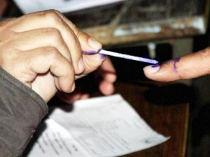 UP Civic Elections 2017: पहले चरण का मतदान सम्पन्न, करीब 55 फीसदी मतदान