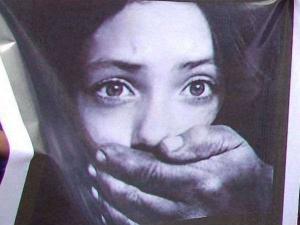 मध्य प्रदेश: भोपाल में नाबालिग लड़की से गैंगरेप, महिला समेत चार गिरफ्तार