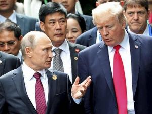 डेमोक्रेटिक पार्टी ने अमेरिकी राष्ट्रपति ट्रंप और रूस समेत जूलियन असांजे के खिलाफ ठोंका मुकदमा