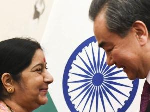 बीजिंग में बोलीं सुषमा चीन और भारत को करीब ला सकती है हिंदी और हिंदी मीडियम