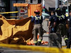 Toronto Van accident: अब तक 10 लोगों की मौत, पुलिस को देखते ही चिल्लाया संदिग्ध, 'मुझे गोली मार दो'