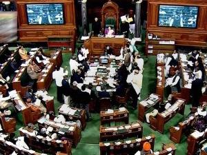 अविश्वास प्रस्ताव से पहले भाजपा  को बड़ा झटका, BJD ने किया वॉकआउट